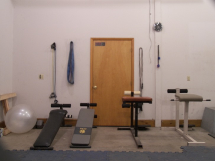 Photos the anvil a garage gym